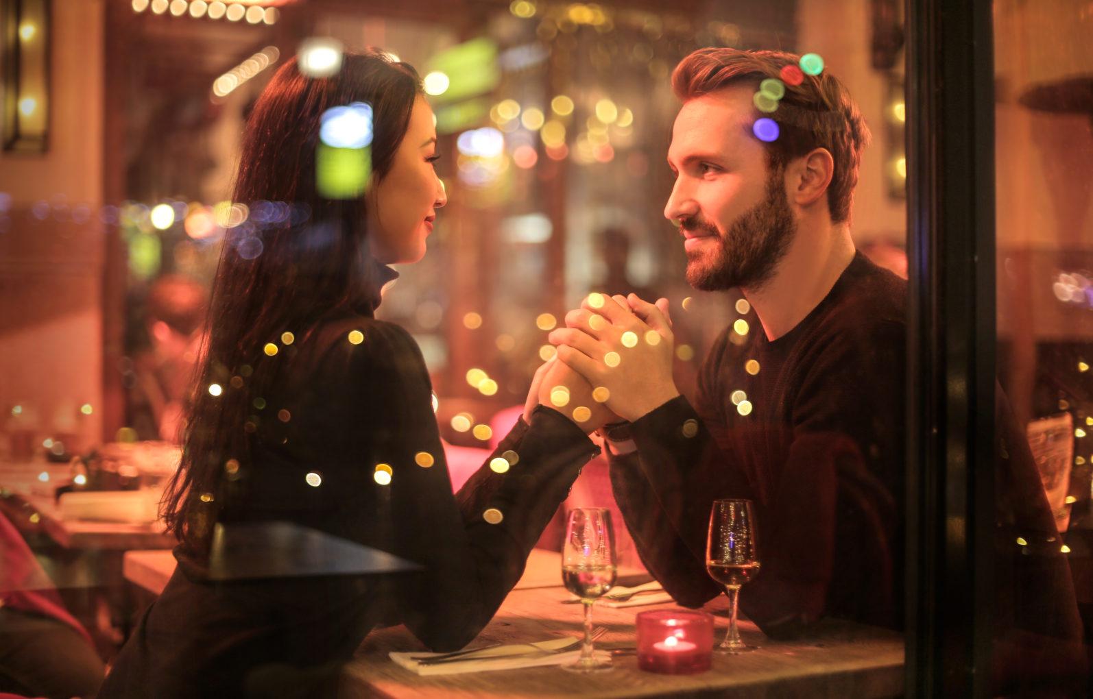 Czego nie robić na pierwszej randce?