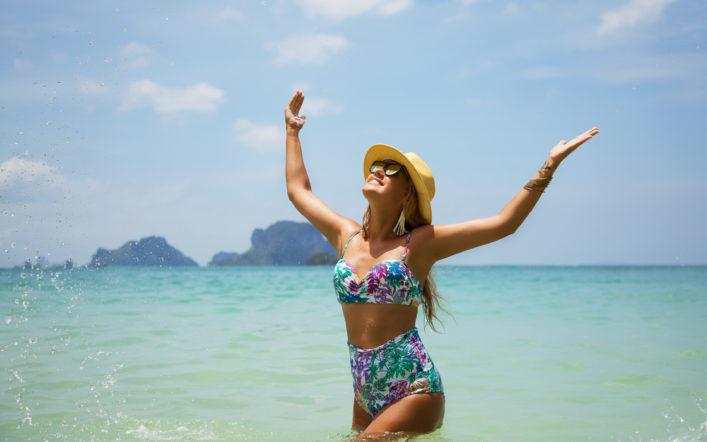 Tanie stroje kąpielowe – czyli ograniczony budżet po wydatkach na wakacje