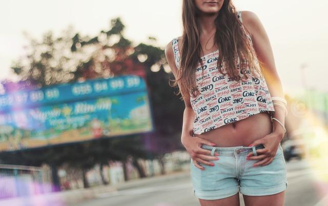 Letnie stylizacje – jak ubrać się na lato