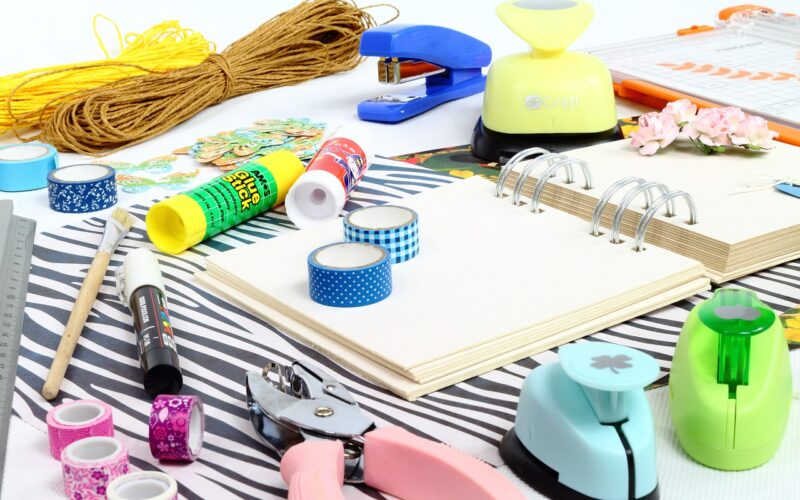 Sklep z produktami do scrapbookingu – raj dla twórców małych i dużych