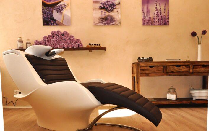 Jakie meble do salonu fryzjerskiego wybrać?