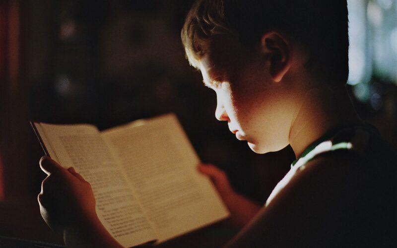 Szybkie czytanie – od czego zacząć naukę?
